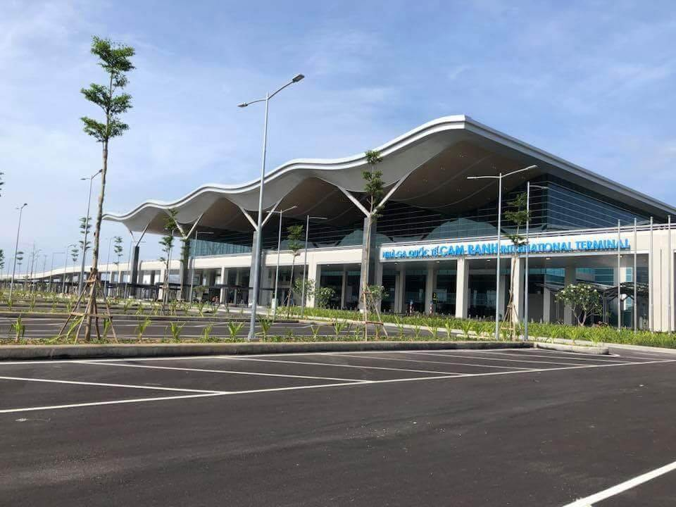 cam_ranh_international_airport_terminal